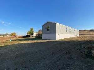 1011 5th Ave SE, Watford City, ND 58854