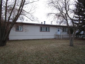 424 2nd Ave SE, Arnegard, ND 58835
