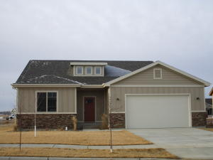 1419 Meadowlark Ct, Watford City, ND 58854