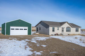 3239 125th Y Ave NW, Watford City, ND 58854