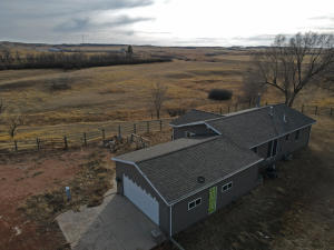12442 38th ST NW, Watford City, ND 58854