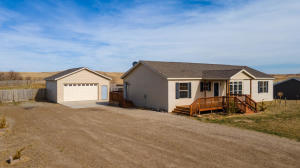 2312 124q Ave NW, Watford City, ND 58854
