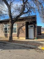 108 3rd Ave NW, Watford City, ND 58854