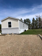 412 6th Ave W, Ray, ND 58849