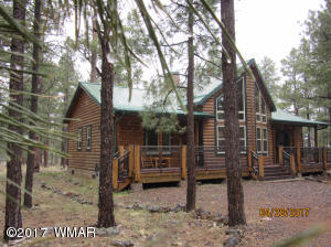 YOUR cabin nestled in the pines!