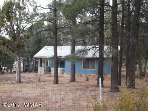 2110 Blue Jay Rd, Overgaard, AZ 85933