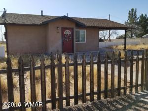 208 Blue Sage Street, Holbrook, AZ 86025