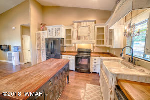 1278 Pinedale Road, Pinedale, AZ 85934