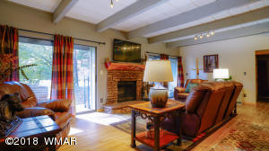 2975 Sportsman Circle, # 13, Pinetop, AZ 85935