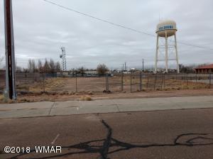 85 W Vista Dr, Holbrook, AZ 86025