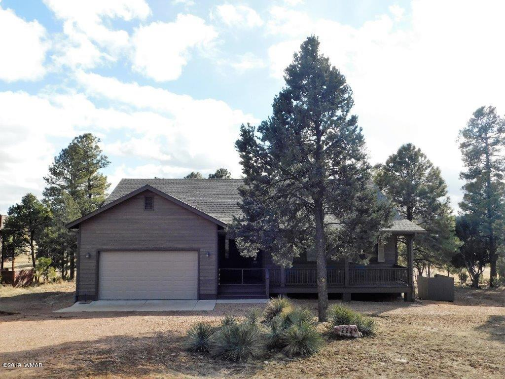 ''PRISTINE RANCH STYLE HOME'' This home is located in Pine Meadow Country Club Estates w/paved roads, sewer, has no maintenance wood look siding, trex decking and is just minutes from the National Forest. It boast 3 Bedrooms, 2 1/2 Baths, an open floor plan that is great for entertaining, central heat & A/C, ceiling fans through out, upgraded laminate flooring, a large covered front deck and back deck that sits right on the Fairway with stunning views, large multi purpose cement slab which makes a great basketball court or is perfect for large outdoor parties and much more...All this and is being offered completely furnished.  Come take a look today and make this beautiful home yours and start enjoying all the RIM COUNTRY has to offer.