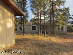2181 Gingerbread Trail, Overgaard, AZ 85933