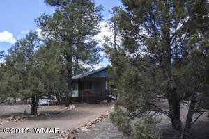 2965 Hackamore Drive, Overgaard, AZ 85933