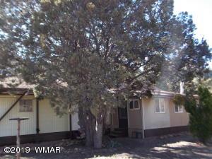 2134 Cottontail Road, Overgaard, AZ 85933
