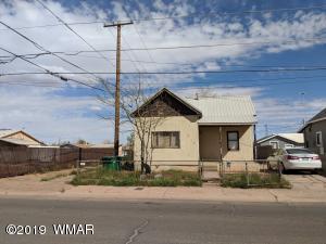410 N Alfred Avenue, Winslow, AZ 86047