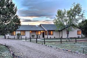 964 Cheney Ranch Loop, Linden, AZ 85901