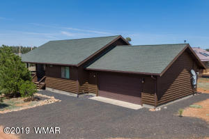 2203 Meadow Lane, Overgaard, AZ 85933