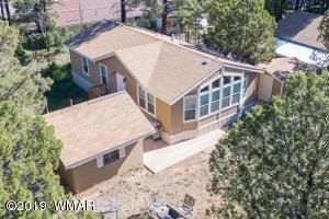 2172 Hashknife Drive, Overgaard, AZ 85933