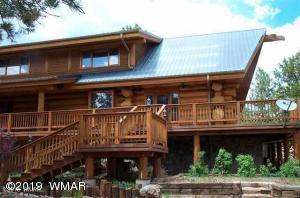 Estate in Prive Porter Mountain Estates