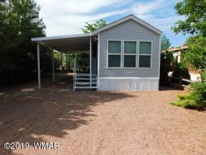 2269 Horse Thief Road, Overgaard, AZ 85933