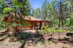 White Mountain Summer Home Retreat