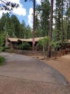 8384 Country Club Drive, Pinetop, AZ 85935