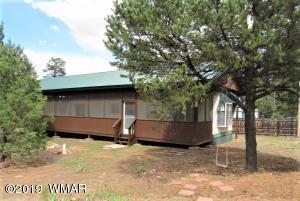 2195 Tenderfoot Trail, Overgaard, AZ 85933
