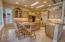 Kitchen & Breakfast Table