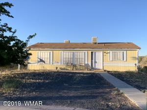 212 E Strayhand Street, Holbrook, AZ 86025