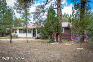 2016 Sunset Trail, Overgaard, AZ 85933