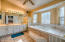 Master bathroom/ jetted tub