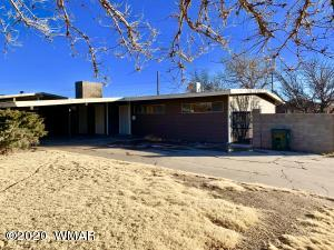 326 11th Avenue, Holbrook, AZ 86025