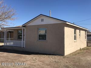 452 N 3Rd Avenue, Holbrook, AZ 86025