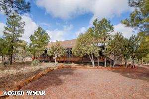 2712 Lost Way, Overgaard, AZ 85933
