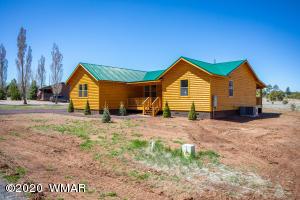 2728 Bain Trail, Overgaard, AZ 85933