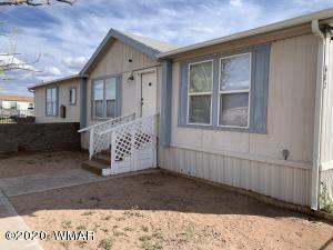 402 Desert View Drive, Holbrook, AZ 86025