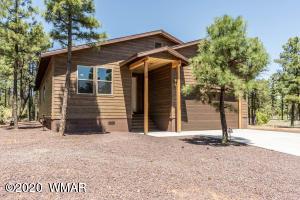 601 S Mountain Pines Avenue, Show Low, AZ 85901