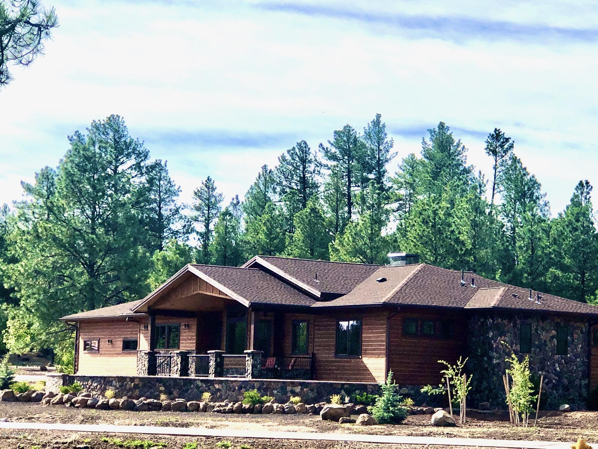 9527 Sierra Springs Lane, Pinetop, Arizona 85935, 3 Bedrooms Bedrooms, ,3.5 BathroomsBathrooms,Residential,For Sale,Sierra Springs,219460
