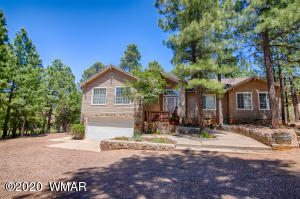 3428 W Country Club Circle, Show Low, AZ 85901