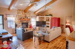 2534 Village Drive, Pinetop, AZ 85935