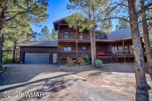 2777 Skyhawk Drive, Overgaard, AZ 85933