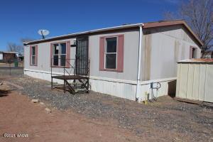 406 Desert View Drive, Holbrook, AZ 86025