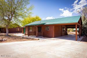 2344 S Buffalo Loop, Overgaard, AZ 85933
