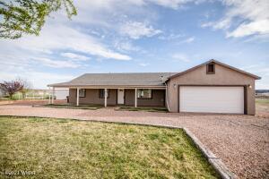 2715 E Walnut Drive, Taylor, AZ 85939
