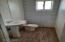 1017 N Apache Ave Winslow AZ Bathroom 1