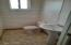 1017 N Apache Ave Winslow AZ Bathroom 2