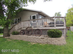 816 4TH AVENUE NW, Watertown, SD 57201