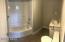 Upstaris bathroom