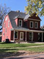 317 2ND STREET NW, Watertown, SD 57201