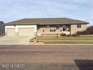 1020 36TH STREET NW, Watertown, SD 57201